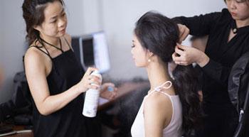 Dịch vụ trang điểm beauty & fashion hoatranmakeup